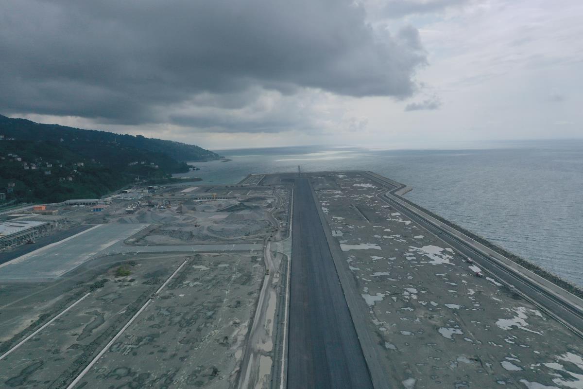 Rize-Artvin Havalimanı yıl sonunda hizmete açılacak